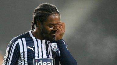 Inglise jalgpallurit sotsiaalmeedias rassistlikult solvanud mees läheb kaheksaks nädalaks vangi