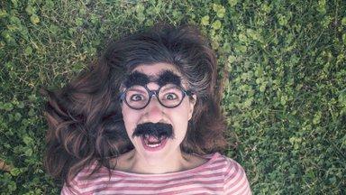 Viis olulist põhjust, miks peaksid õppima elu pisut lõbusamalt võtma ja iseenda üle nalja heitma