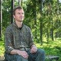 Valdur Mikita: metsas hulkumine võib olla palverännak ja sügav hingepuhastav rituaal