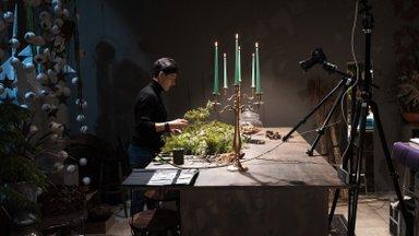 VIDEO JA FOTOD | Vaata, kuidas valmib floristi käe all imekaunis jõulupärg