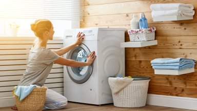 4 põhjust, miks lisada igal pesupesemisel masinasse veidi äädikat