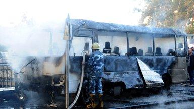 VIDEO   Damaskuses hukkus pommirünnakus sõjaväebussi vastu vähemalt 14 inimest