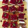 RETSEPTID | Lihtsad marjakoogid, mis panevad sööjad mõtlema, et nende valmistaja on koogivõlur!