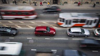 Kahe aastakümnega on autoga töölkäijate arv kahekordistunud