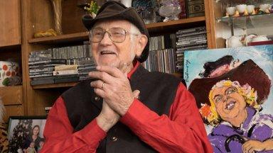 Peene huumorimeelega härrasmees. 90-aastasena lahkus karikaturist Hugo Hiibus