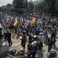 Tai meeleavaldajad sisenesid valitsuse peahoonesse