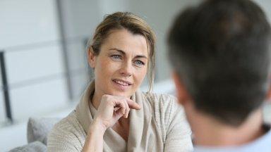 Probleemid? 4 üliolulist küsimust, mida oma partnerilt küsida, kui tajud, et midagi on teie suhtes viltu