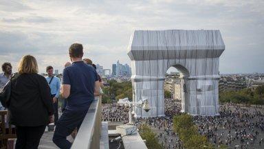 GUUD, BÄÄD JA NÄDALA SÕNA | Kangasse mähitud Triumfikaar tõi Champs-Élyséele tuhandeid huvilisi kogu maailmast