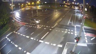 KARM VIDEO | Elektritõuksidega juhtunud liiklusõnnetused Tallinnas – reeglina on nad ise süüdi