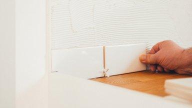 TEE ISE   Kuidas köögi tagasein oma jõududega ära plaatida?