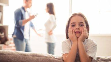 Lastekaitsespetsialistil on enim tööd lahku läinud vanemate lastega: oma tunnete kõrvalt ei suudeta lapse huve märgata