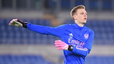 Arsenaliga pika lepingu sõlminud ja suurt debüüti ihkav Karl Jakob Hein: tee sinna on pikk ja raske