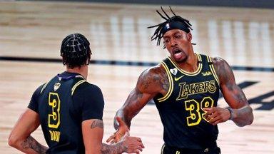 VIDEO   Lakersi staaride vahel kiskus kähmluseks, tiimikaaslased pidid kaks meest lahutama