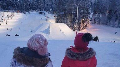 FOTOD | Lugejate talveemotsioonid: kes veedab aega liumäel, kes viib lumme hullama ka neljajalgse sõbra