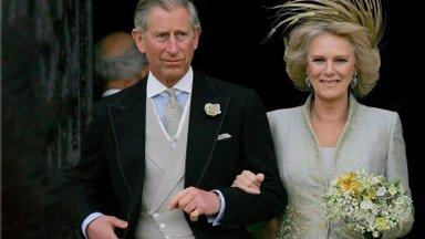 Charlesi ja Camilla lugu – armastus, mis ootas pulmadega 35 aastat trotsides kuningliku perekonna pahakspanu ja rahva viha