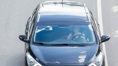 PPA juhtivametnik: telefoni asemel peaks roolis kasutama tervet mõistust