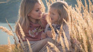 Ema sihikindlus viis tõe jälile: oleks ma kuulanud teisi poleks mu tütar kunagi arengus teistele järele jõudnud!