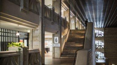 Rahvusraamatukogu kolib, kunstikogu suured maalid viiakse remondi ajaks Tallinna ühisgümnaasiumisse