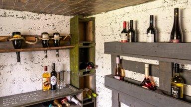 Vanadest laskemoonakastidest saab teha veinikeldri