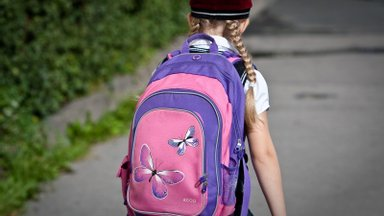 PUUST JA PUNASEKS | Mis muutub pärast koolivaheaega lähikontaktsete laste testimises?