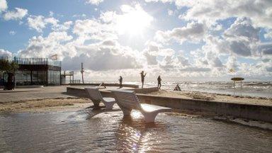ГАЛЕРЕЯ | Смотрите, во что превратили шторм и прилив пярнуский пляж!