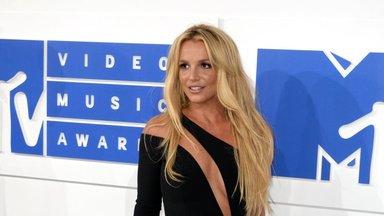 Britney Spearsi 13 aastat meeleheidet, ängi ja orjust: 21 sajandi kuulsaim vang