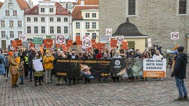 Loomus kutsub kolmapäeval Riigikogu ette näitama toetust karusloomafarmide keelustamisele