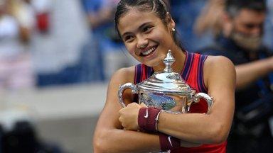 US Openi võitnud nooruke Emma Raducanu lõpetas treeneriga koostöö