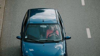 """""""Istmesoojenduse"""" erisaade   Kuidas Eestis roolimobiilikuid püütakse? Millised on tulevikuplaanid?"""