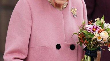 Pidu on läbi! Arstid keelasid Elizabeth II ühe lemmiku naudingu ära