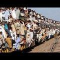 Uskumatu VIDEO   Need on maailma kõige ülerahvastatumad rongid — aga mahub veel!