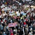 К забастовке учителей присоединяется и Союз медсестер