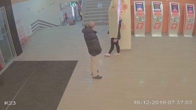 VIDEO   Aita tuvastada mees, kes hülgas oma kassi Tallinna bussijaama