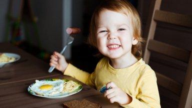 Toitumisterapeut Külli Holsting: ärge kunagi sundige või survestage lapsi sööma
