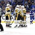VIDEO | Stanley karikavõitja alustas uut hooaega kaotusega, NHLi uustulnuk leppis samuti allajäämisega